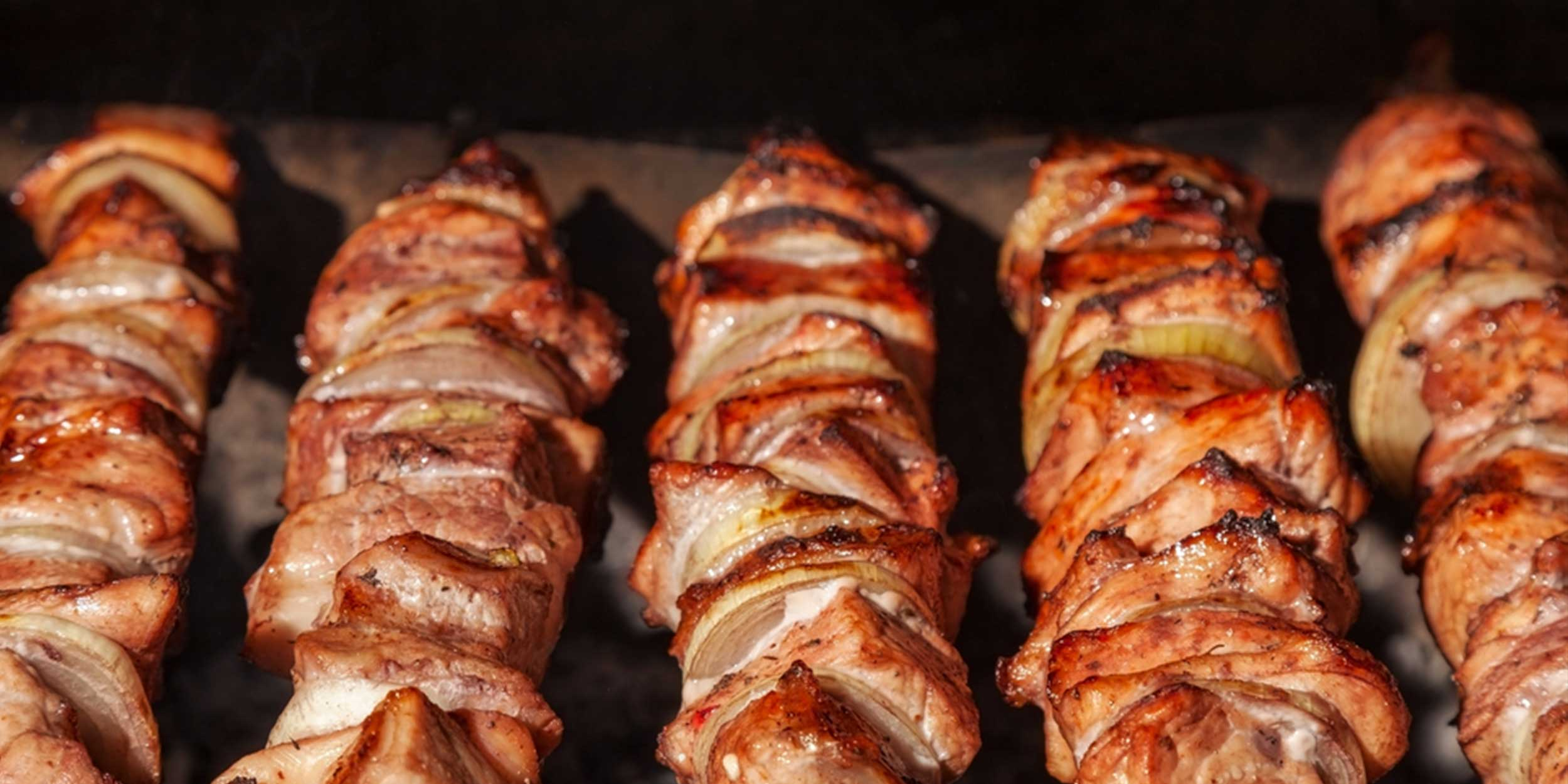 Вкуснейший шашлык в духовке! Мясо не отличить от пожаренного на мангале!